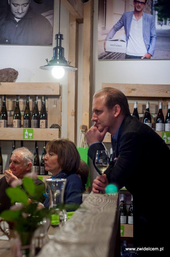 Kraków - degustacja win z Toledo - Terra Felix - Lipowa 6F - Krako Slow Wines - zasłuchani w opowieściach o winie