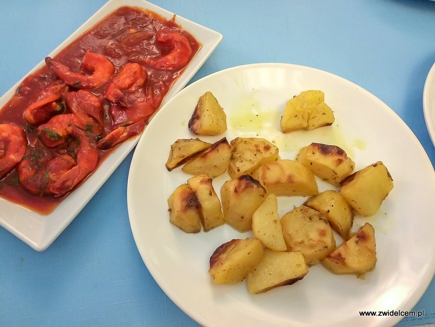 Kraków - Feta - Krewetki wpomidorach i pieczone ziemniaki