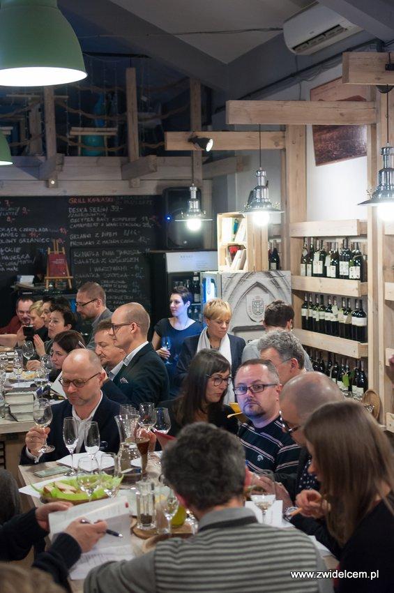Krakó Slow Wines - Lipowa 6f - Degustacja win włoskich - sala