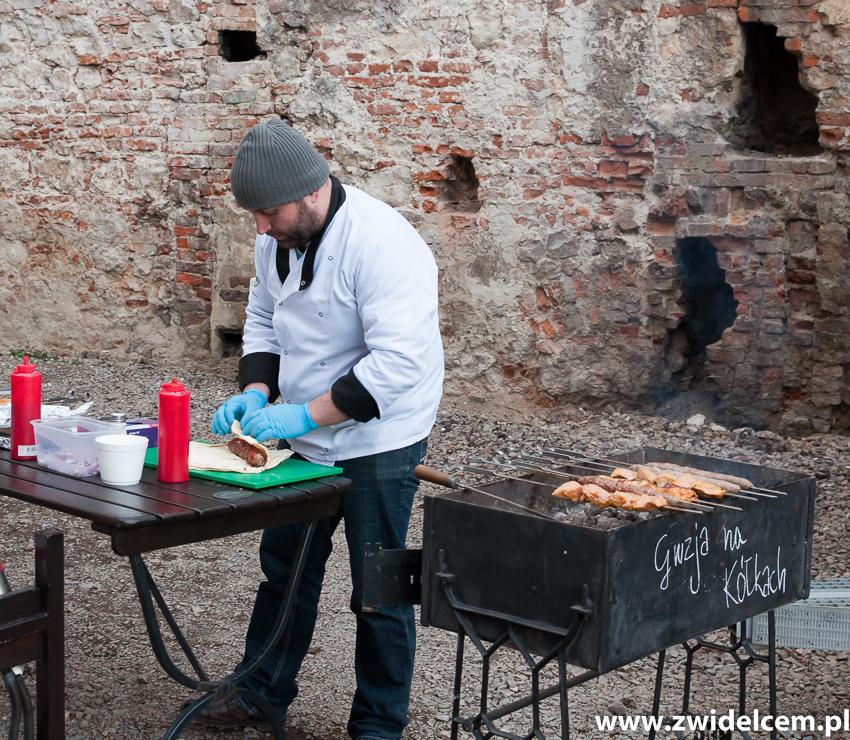 Kraków - Dajwór - Gruzja na kółkach - zawijanie szaszłyka