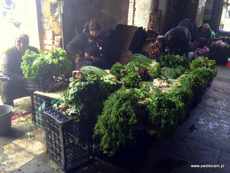 Gruzja - Tbilisi - Dezerters Bazaar - zioła i natki