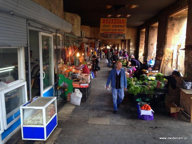 Gruzja - Tbilisi - Dezerters Bazaar - alejka