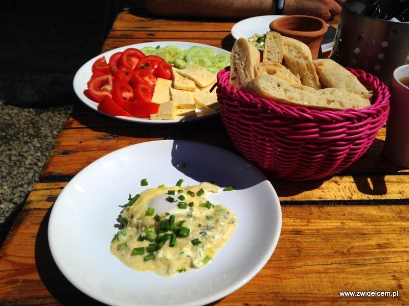 Gruzja - Udabno - Oasis Club - śniadanie