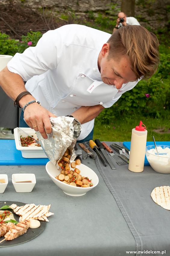 Ogrodzieniec - Poziom 511 Design Hotel & Spa - Pokaz kulinarny z Karolem Okrasą - pieczona pietruszka