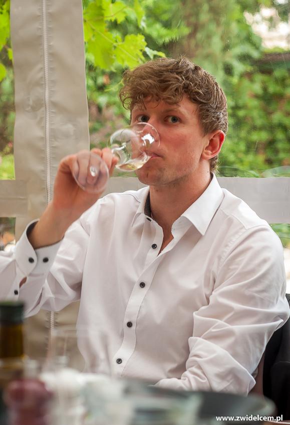 klimKraków - Klimaty Południa - degustacja win z winnicy Vaziani - białe wino