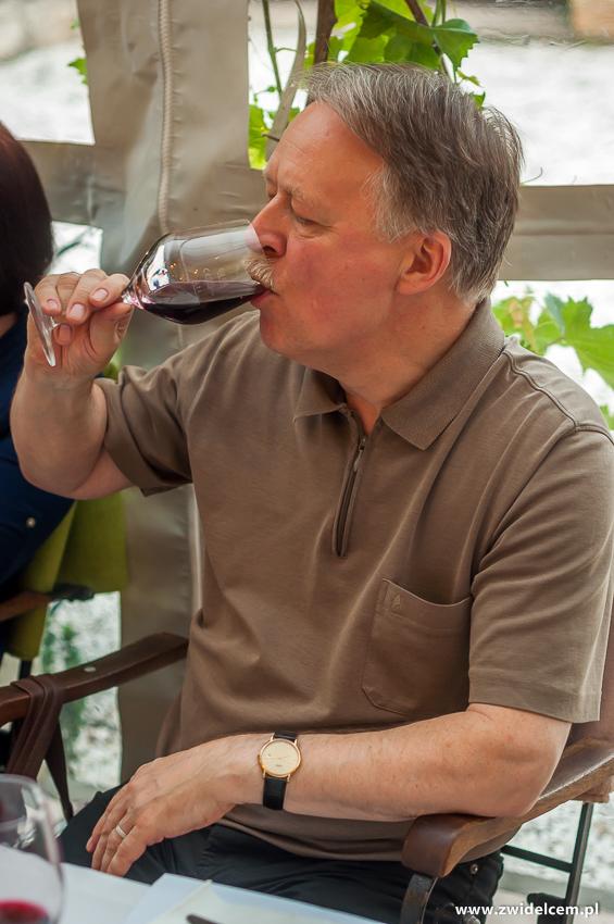 Kraków - Klimaty Południa - degustacja win z winnicy Vaziani - degustacja wina czerwonego