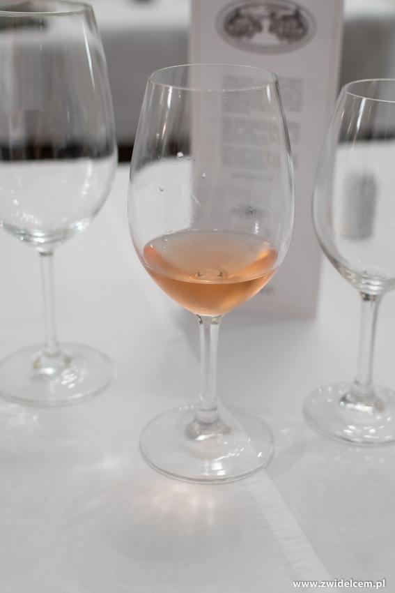 Kraków - Dwór Sieraków - Nowa osobowość kuchni i win Mołdawii - wino różowe
