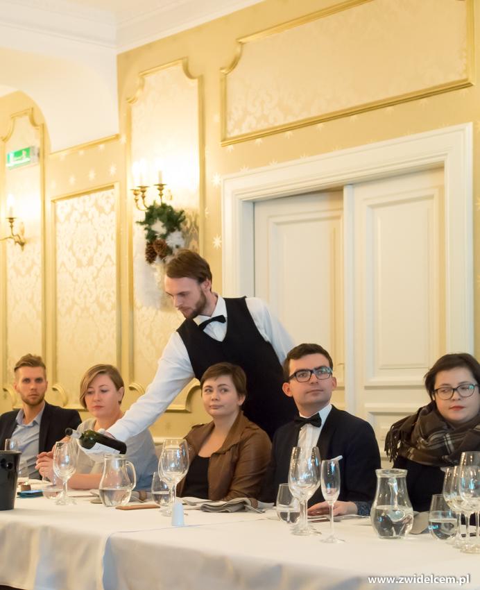 Kraków - Dwór Sieraków - Nowa osobowość kuchni i win Mołdawii - Paulina i RAdek